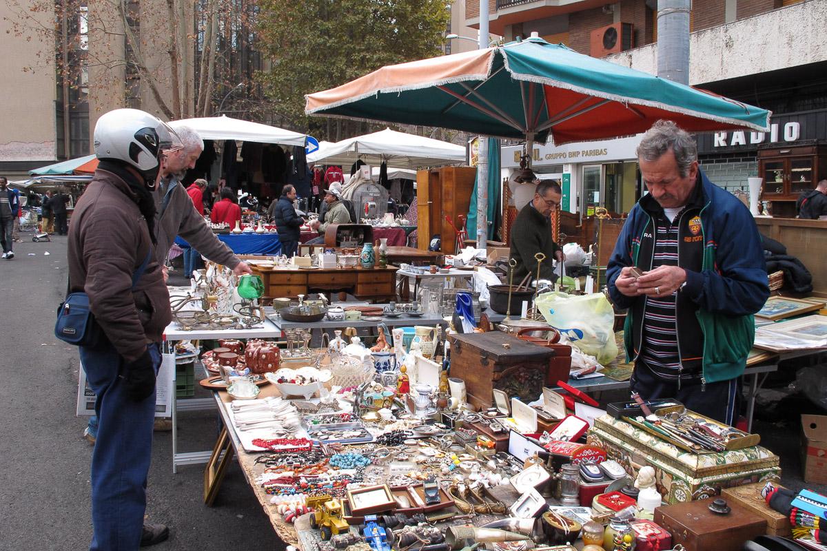 Porta portese e il mercato di porta portese guest house - Porta portese roma case ...